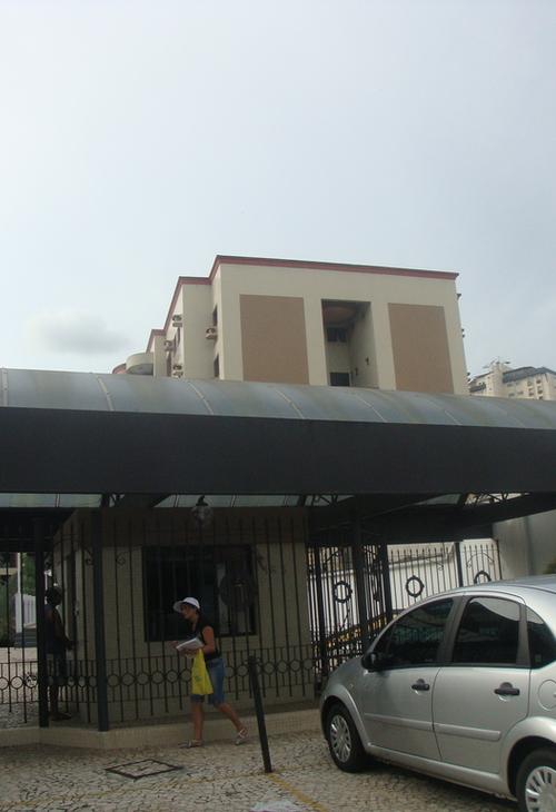 Torre Bolonha