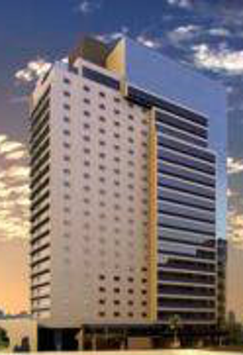 Qs Two Hands - Hotel Radisson