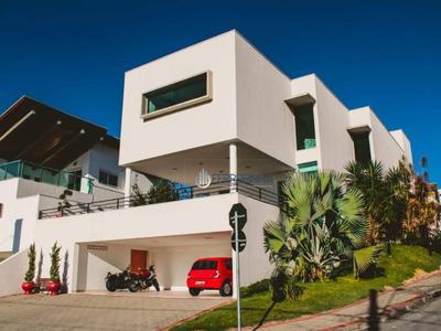 Condomínio Residencial Jaguary, São José dos Campos - SP