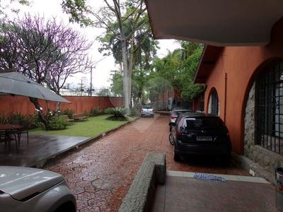 Pacaembú, São Paulo - SP
